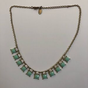 💎 Statement Necklace with Mint Accents